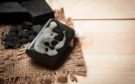 laver-savon-noir